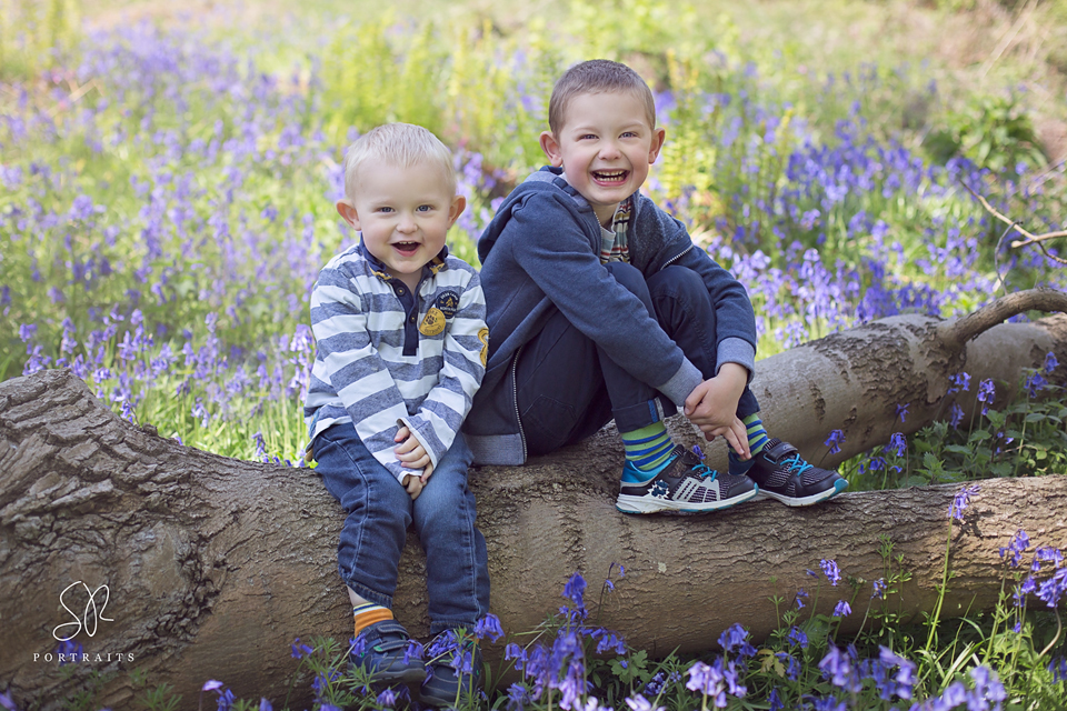 Newborn Photographer Loughborough, SR Portraits - Sandra's two children
