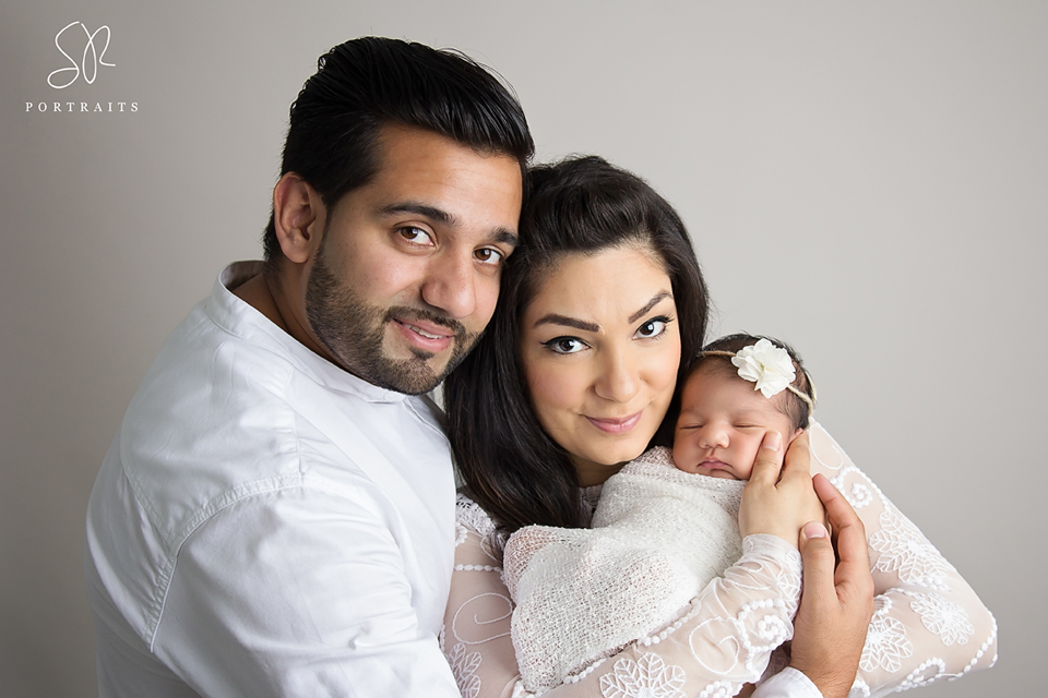 Newborn Photo Shoot Leicester - baby with parents