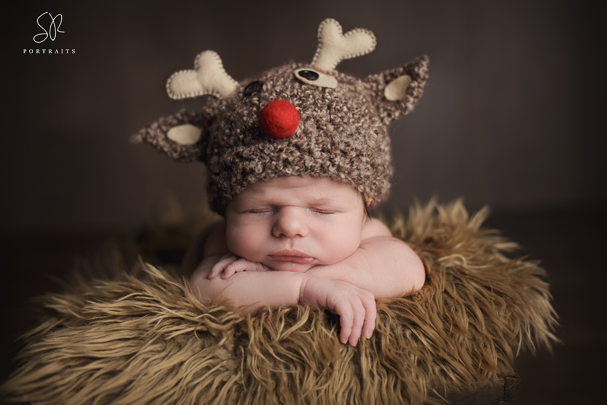 Newborn Boy Christmas hat photography Coalville, Leicester